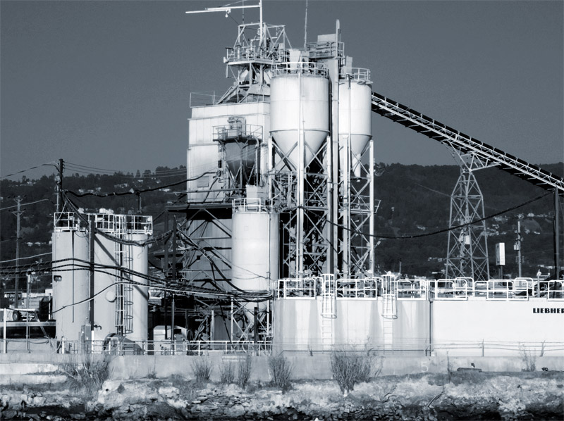 The Cemex plant, Jingletown (Oakland), from the Alameda shore.
