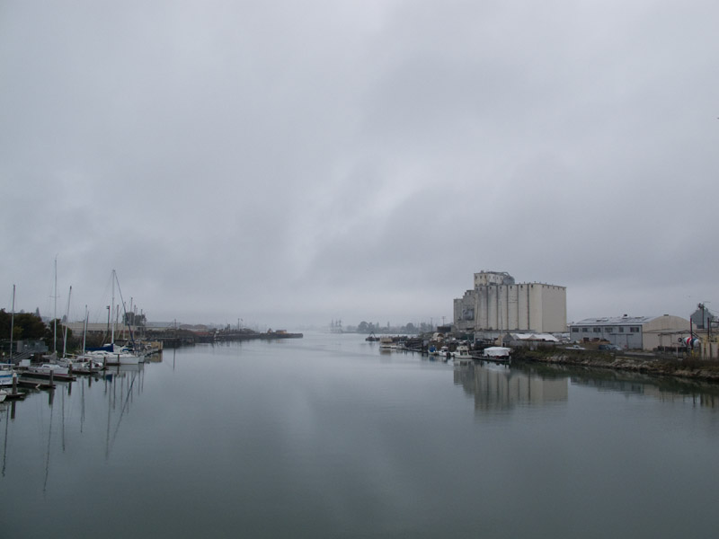 A late winter's afternoon Estuary drizzle from the Park Street Bridge, Oakland Estuary
