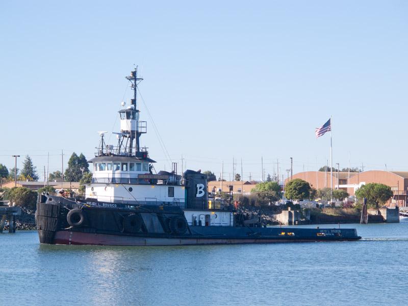 Tug Heidi L. Brusco approaching the Dutra yard, Union Point and Alameda, Oakland Estuary.