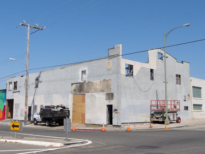 Work on the Bridgeporte Building, Jingletown, Oakland.