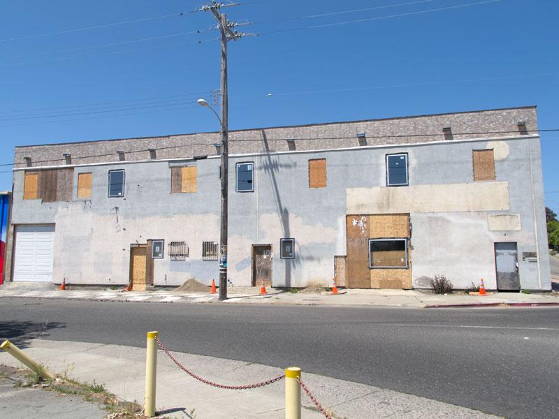 The old Bridgeporte Building, Ford Street, Jingletown, Oakland
